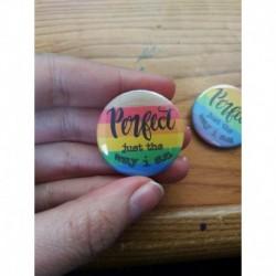 LGBT POC pride flag pin button badge chapa