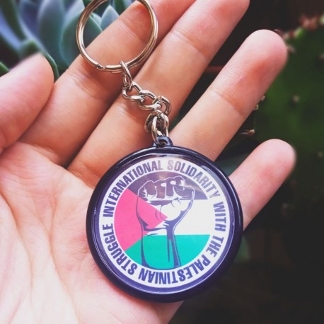 International solidarity with the palestinian struggle keychain